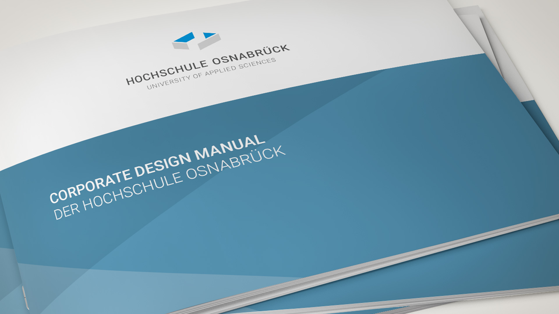 artventura-Projekt Corporate Design Entwicklung der Hochschule Osnabrück:Titelseite des Design-Handbuches