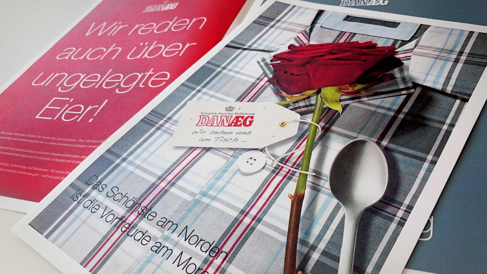artventura-Projekt Print-Design für DANÆG A/S:Titelseite einer Einkäufer- und Imagebroschüre im Format DIN A3